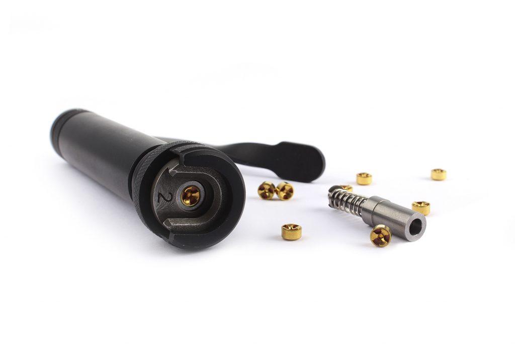 Предметная фотосъемка и ретушь для каталога оборудования для охотников